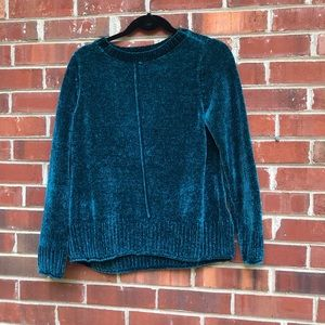 Green sweater style & CO size small